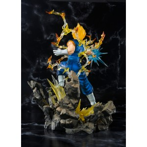 Bandai Figuarts Zero Dragon Ball Z Vegetto SSJ Tamashii Web Exclusive