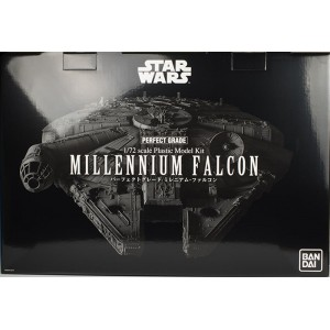 Bandai Plamo PG 1/72 Star Wars Millennium Falcon 'Perfect Grade'