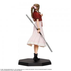 Square Enix Final Fantasy 7 VII FFVII Remake Aerith Figure 22 cm