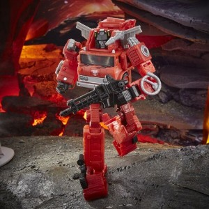 Hasbro Transformers Kingdom 'War For Cybertron Trilogy' Voyager Class Inferno