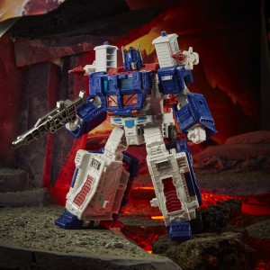 Hasbro Transformers Kingdom 'War For Cybertron Trilogy' Leader Class WFC-K20 Ultra Magnus