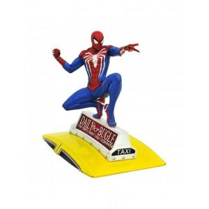 Diamond Marvel Gallery Gameverse Spider-Man On Cab PVC Diorama