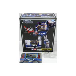 MP-13 Soundwave W/Laserbeak + Metal Coin + Amazon Exclusive Energon Cube