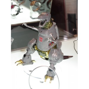 MP-08 Grimlock + Coin/Crown + Flame Sword 'Asia Exclusive' Reissue